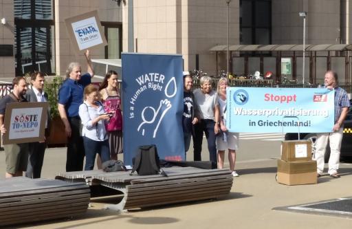 Demo gegen Wasserprivatisierung